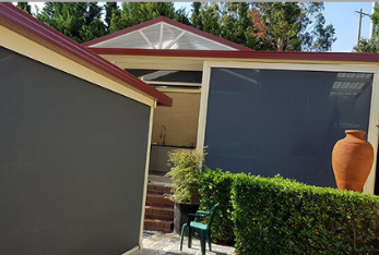 Clean Outdoor Blinds