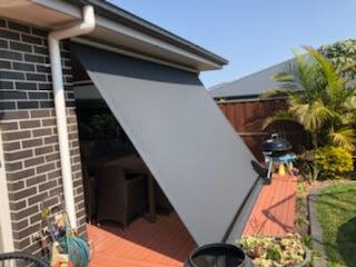 Drop outdoor blinds
